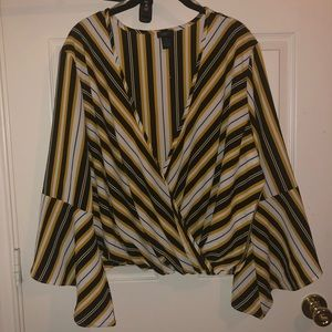 Black/yellow/white Bell Sleeve Blouse